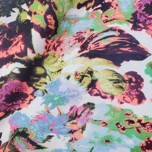 BCBGMaxAzria Dresses - BCBGMAXAZRIA Summer dress